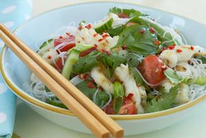 Салат с морепродуктами в тайском стиле