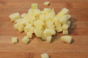 Нарезанная кубиком картошка