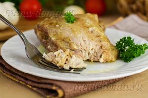 Фото подачи курицы, приготовленной в мультиварке в сметане